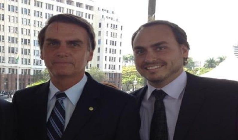 Jair e Carlos Bolsonaro